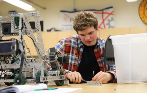 Roborams compete at Vex Robotics Competition