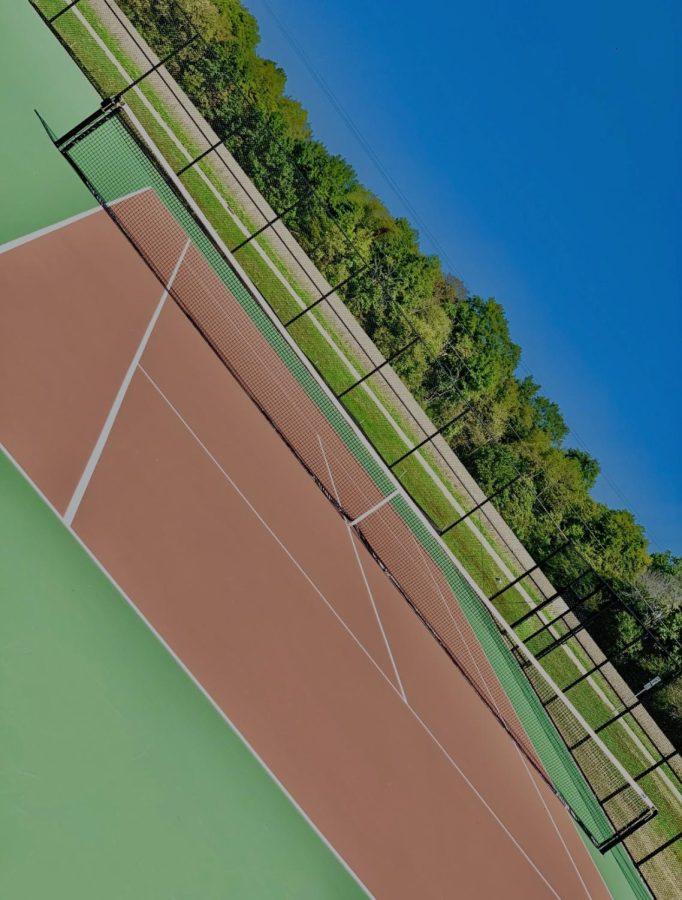 New tennis court complex opens on MV campus
